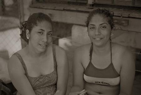 Las Hermanas - La Boquita, Nicaragua, 2008